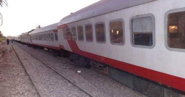 ركاب القطار 890 القاهرة - سوهاج يشكون تعطل الجرار فور خروجه من محطة الجيزة