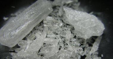 """القبض على تاجر مخدرات بحوزته 17 كيلو من """"الأيس المخدر"""" فى النزهة"""