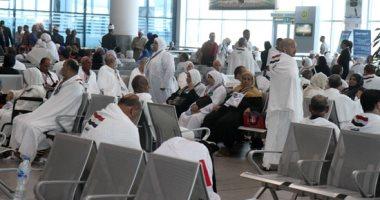 مطار القاهرة يستقبل 15 رحلة من السعودية تقل 3 آلاف معتمر عقب أداء المناسك