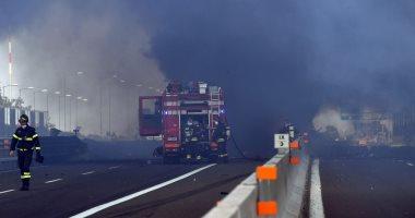 صور.. مقتل شخص و إصابة 56 آخرين جراء انفجار شاحنة على أحد الطرق بإيطاليا