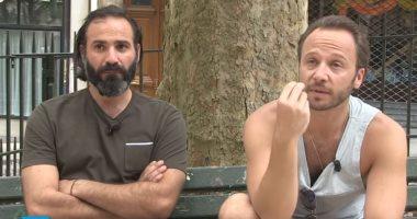 شاهد .. ممثلان سوريان يشاركان فى مسلسل فرنسى يروى قصصاً عن اللاجئين