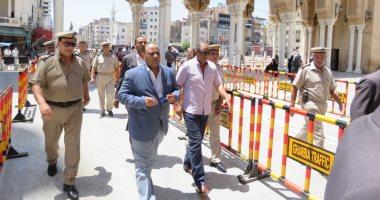 صور.. مدير أمن الغربية يتفقد خدمات تأمين المسجد الأحمدى بطنطا