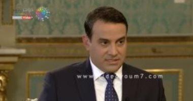 """فيديو.. مذيع """"الجزيرة"""" يحاول الوقيعة بين مصر وإيطاليا.. شاهد ماذا حدث له؟"""