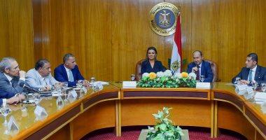 وزيرة الاستثمار تبحث سبل زيادة عدد الشركات الصينية المستثمرة فى مصر