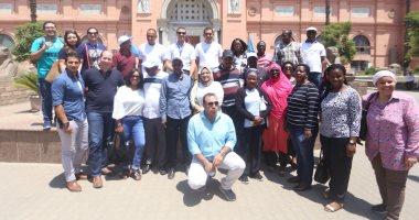 """فيديو.. وفد """"البرلمان الأفريقى"""" يصل المتحف المصرى فى جولة سياحية"""