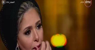 فيديو.. صابرين تجهش بالبكاء على الهواء عند الحديث عن والدها