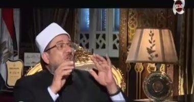 """فيديو.. وزير الأوقاف معلقًا على خلع حلا شيحة الحجاب: """"لا إكراه فى الدين"""""""