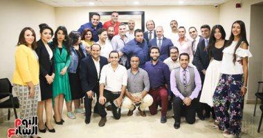 """صور.. """"إعلام المصريين"""" تعلن عن رعايتها الفنية لأبطال مسرحية """"سلم نفسك"""""""