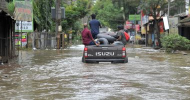 إعصار فايو يتسبب فى انقطاع الكهرباء عن 560 قرية بالهند