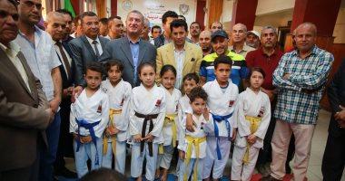 صور محافظ كفرالشيخ ووزير الشباب والرياضة يتفقدان مركز شباب الرياض