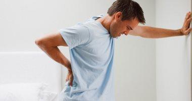 أعراض سرطان القولون منها آلام بالبطن والإسهال