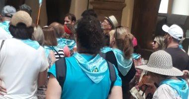 صور.. إقبال الأجانب والمصريين على المتحف المصرى أول أيام العيد