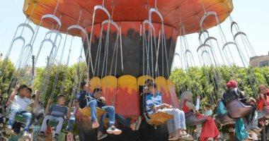 إقبال المواطنين على الحدائق العامة و100 سيارة إسعاف أمام منتزهات سوهاج