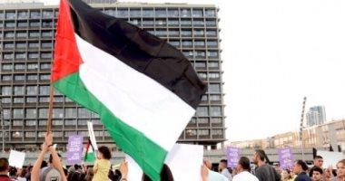 القيادة الفلسطينية تدرس إمكانية الرد على الإجراءات الأمريكية
