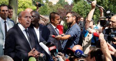 """وزير الداخلية الفرنسى: لا نتعامل مع هجوم باريس كـ""""حادث إرهابى"""""""