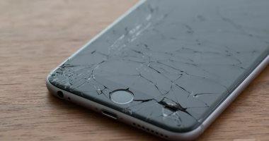 أبل تتيح للمستخدمين إصلاح هواتف أيفون لدى أحد المتاجر المعتمدة