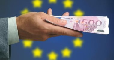 سعر اليورو اليوم السبت 7 - 12 – 2019 فى مصر  -