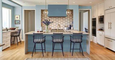 موضة ألوان دهانات 2019 لا لون يعلو فوق الأزرق من المطبخ