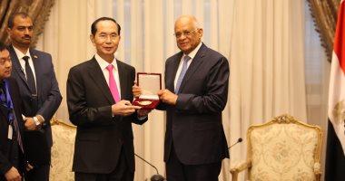 رئيس مجلس النواب يستقبل الرئيس الفيتنامي بمقر البرلمان