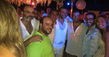شاهد.. 8  صور جديدة من حفل زفاف محمد إمام
