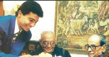 كيف احتفل خالد النبوى بمرور 12 عاما على رحيل نجيب محفوظ ؟
