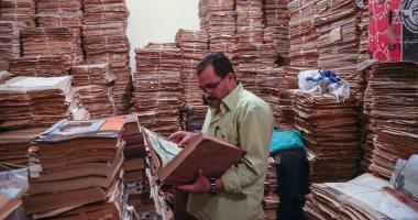 """كنوز الذكريات .. أرشيف """"محمد صادق"""" يروى أهم محطات السياسة والفن فى مصر"""