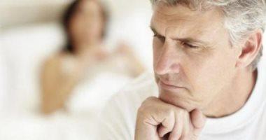 """كيف يطرق سن اليأس باب الرجال؟ 4 مؤشرات مختلفة تقودك إلى """"التقاعد"""" فى فراش الزوجية.. زيادة فى الوزن واضطراب الهرمونات الأبرز.. والأطباء يقدمون روشتة الوقاية من شبح """"المعاش الزوجى"""""""