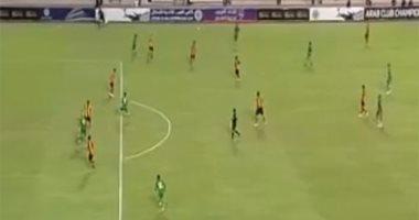 فيديو.. احتفالات زعيم الثغر بإقصاء حامل لقب كأس العرب.. وإلقاء زجاجات