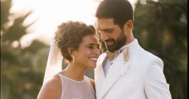 الرومانسية والبساطة.. مميزات جلسة تصوير زفاف الفنان أحمد مجدى