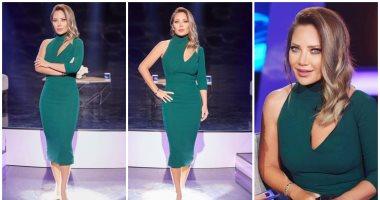 """سلاف معمارى ترتدى فستان أخضر كلاسيكى من توقيع """"انطوان القارح"""""""