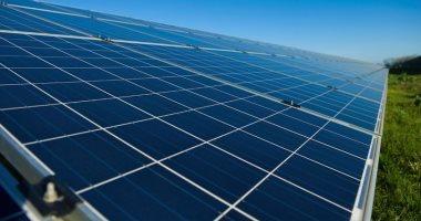 علماء روس يبتكرون مادة فعالة ترفع كفاءة بطاريات الطاقة الشمسية