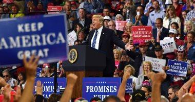 """صور..ترامب يدعو """"نيويورك تايمز"""" للكشف عن """"جبان"""" فى إدارته كتب مقالا ضده"""