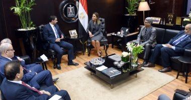 فيديو.. سحر نصر تؤكد على تسهيل الإجراءات لزيادة حجم الاستثمارات الأردنية فى مصر