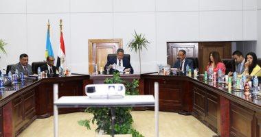 وزير الآثار يناقش التعاون الأثرى مع وكيل أول الحكومة الهندية