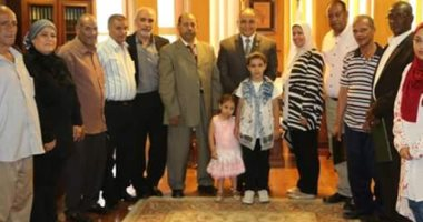 المصرية للمطارات تكرم عددا من عامليها لبلوغهم السن القانونية للمعاش