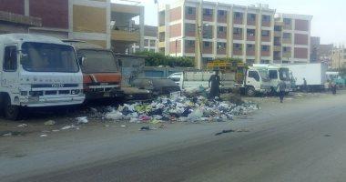 شكوى من انتشار القمامة أمام المدرسة الصناعية فى الخصوص