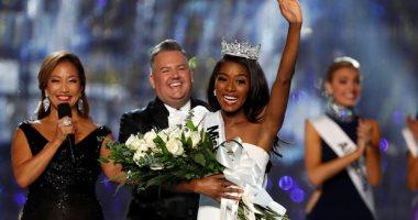 """""""نيا فرانكلين"""" أول ملكة جمال لأمريكا من غير بيكينى"""