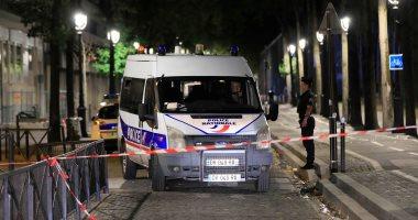 صور.. إصابة 7 أشخاص بينهم سائحان بريطانيّان فى هجوم بسكّين فى باريس