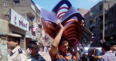 رئيس مدينة شبرا الخيمة يقود حملة لرفع الإشغالات بشارع أحمد عرابى