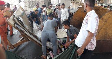حملات لإزالة الإشغالات بأحياء القاهرة.. صور