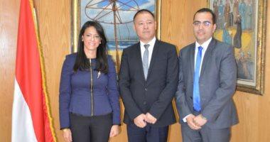 وزيرة السياحة تستقبل وفدا صينيا لمناقشة تنظيم رحلات لمصر من 3 مقاطعات صينية