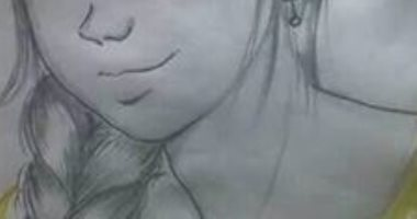 رسامة سوهاج تشارك بمجموعة رسومات ولوحات فنية