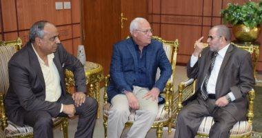 محافظ بورسعيد يبحث استعدادات إقامة المسابقة الدولية للقرآن الكريم