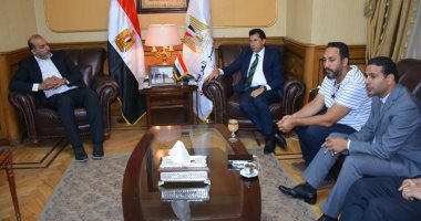 وزير الشباب والرياضة يلتقى المكتب التنفيذى لرابطة النقاد الرياضيين