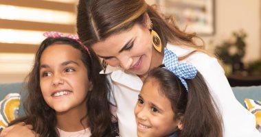 """الملكة رانيا لأطفال مؤسسة الملك عبد الله الثانى: """"ابتسامتكم بتسوى الدنيا"""""""
