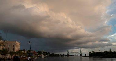 """سحب كثيفة تغطى سماء الساحل الشرقى لأمريكا قبل وصول إعصار """"فلورانس"""""""