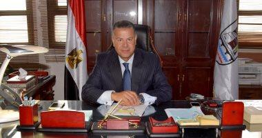 محافظ بنى سويف: الموافقة على 453 طلب تقنين وتحرير 91 عقد ابتدائى