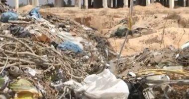 """شاهد كيف تحول مطار """"ياسر عرفات"""" إلى """"مكب للقمامة"""""""