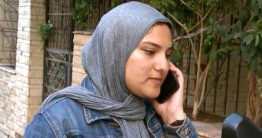 """شاهد.. """"نور"""" فتاة تعمل فى توصيل الطلبات بـ"""" الاسكوتر """" فى الإسكندرية"""