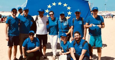300 متطوع يشاركون بفعالية الاتحاد الأوروبي لتنظيف شاطئ السرايا بالإسكندرية